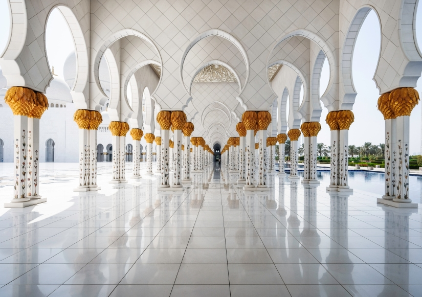 A Trip to Grand Mosque in AbuDhabi.